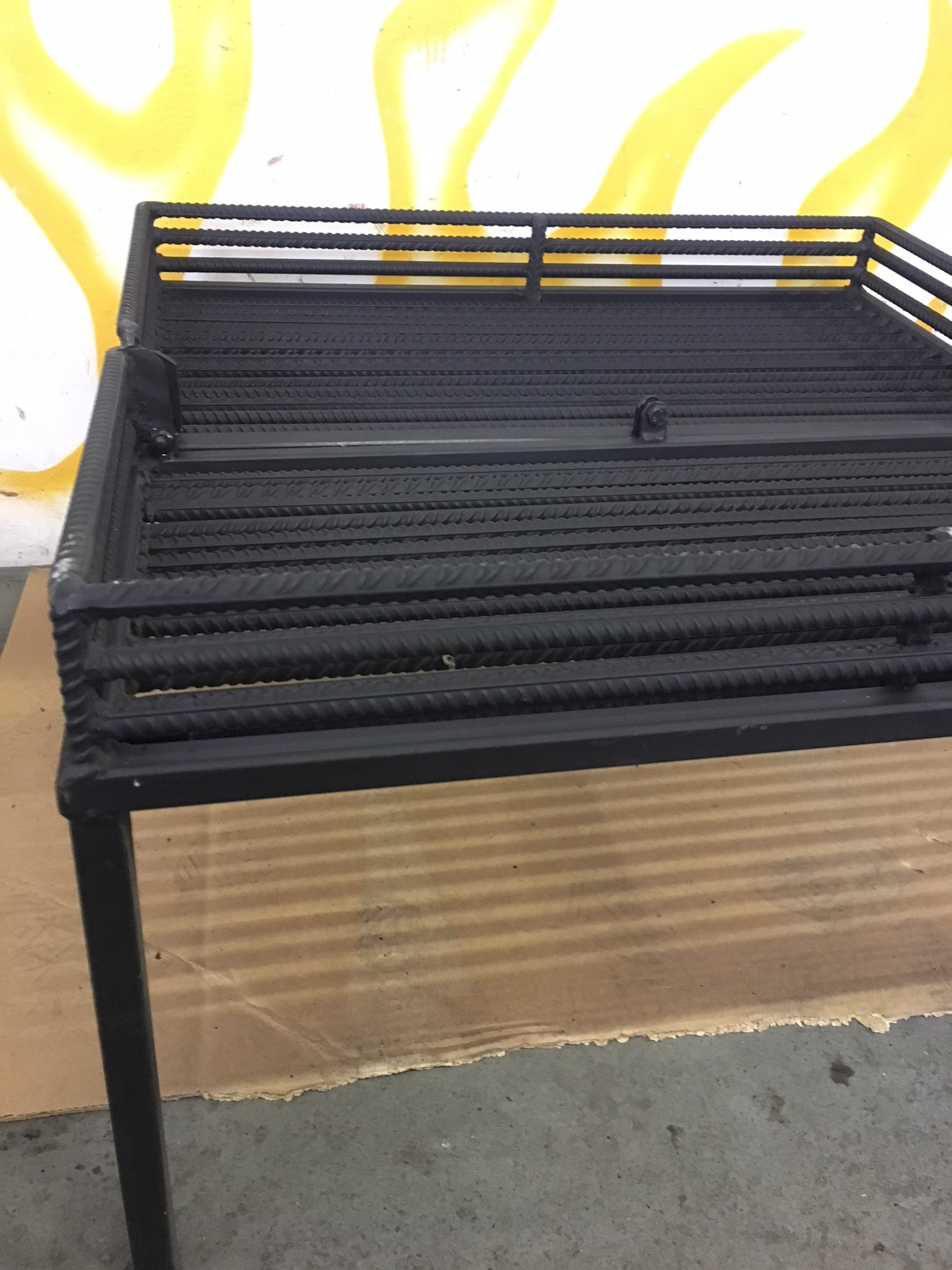 Charcoal tray/wood burning stove