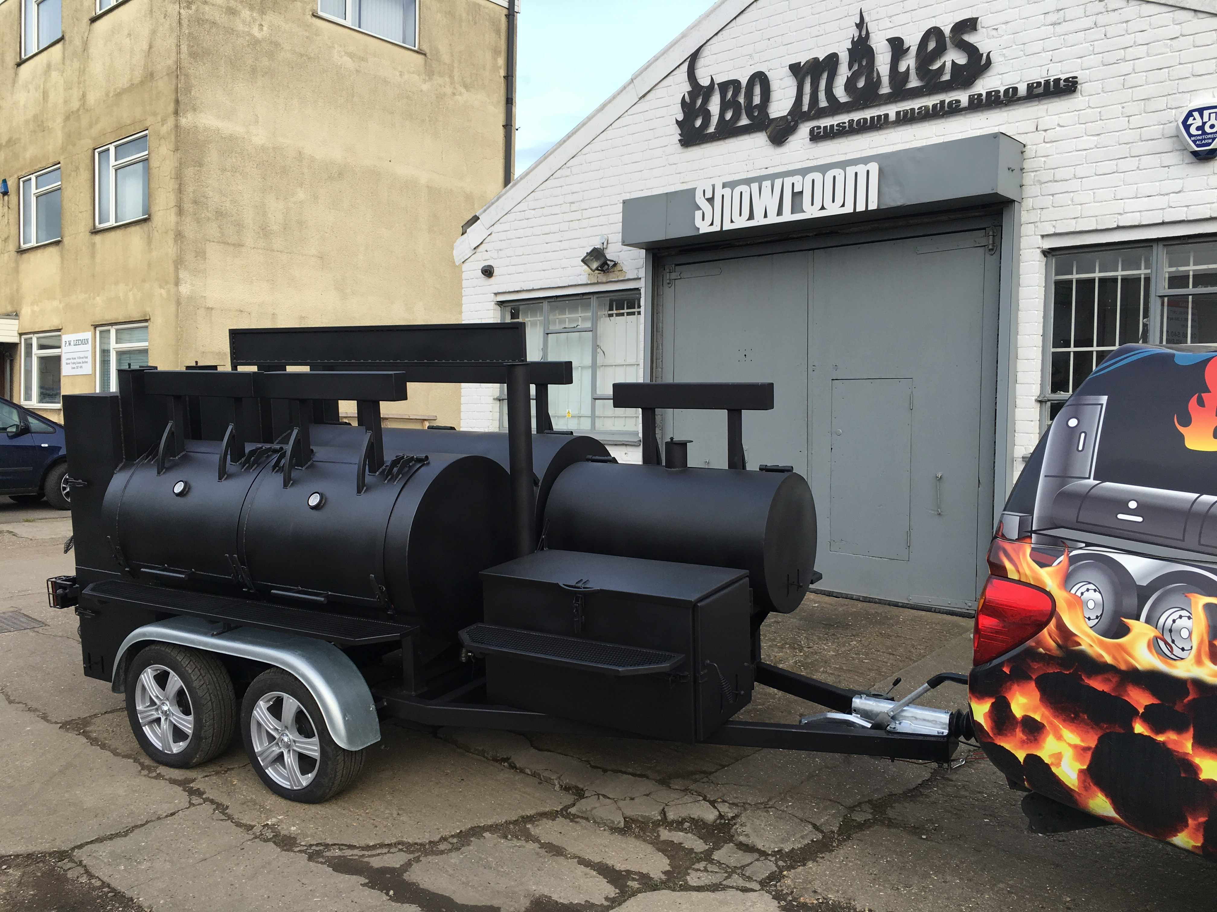 """BMD-3""  reverse flow dual chamber  BBQ trailer"